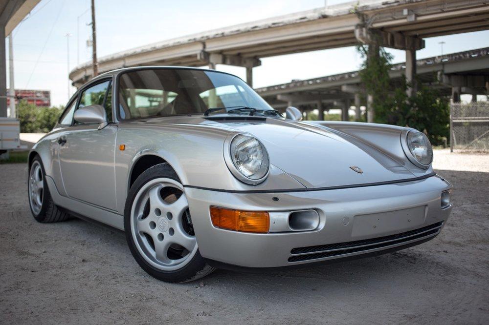 1990 Porsche 911 Carrera 2 (LS405914) - 17.jpg