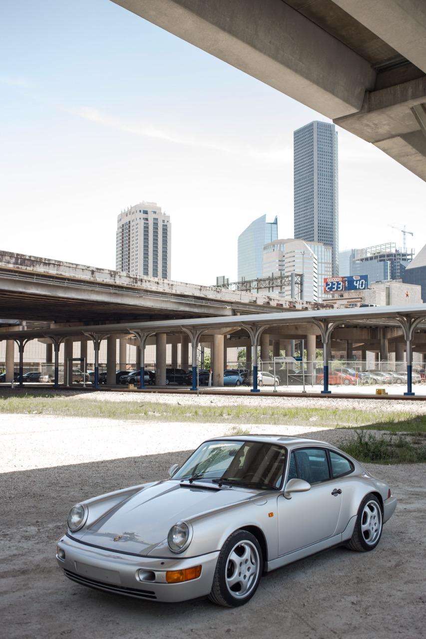 1990 Porsche 911 Carrera 2 (LS405914) - 24.jpg