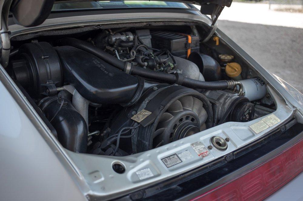 1990 Porsche 911 Carrera 2 (LS405914) - 80.jpg