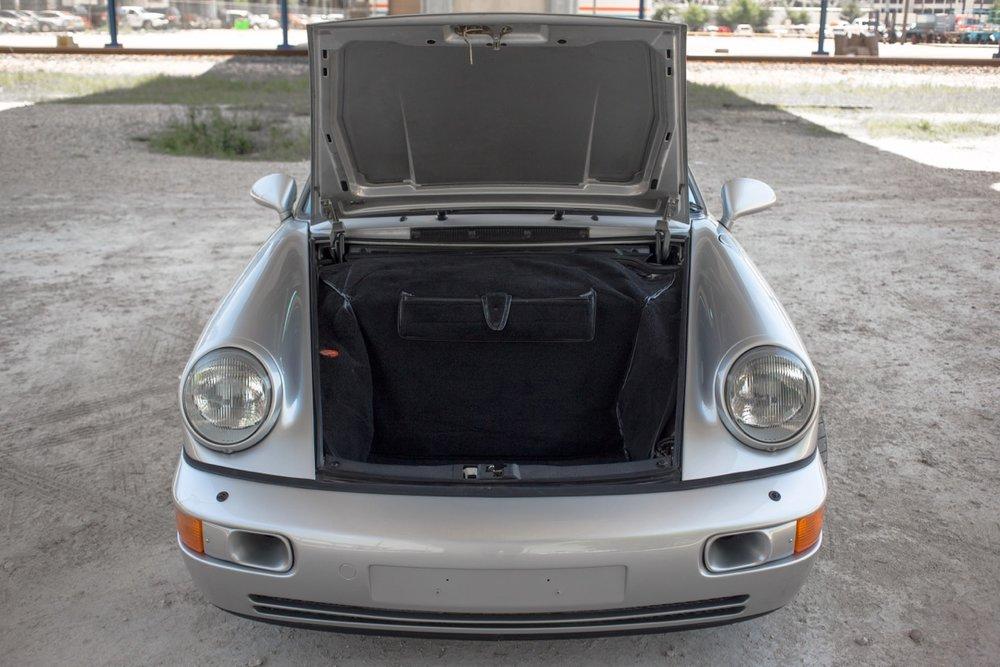 1990 Porsche 911 Carrera 2 (LS405914) - 86.jpg