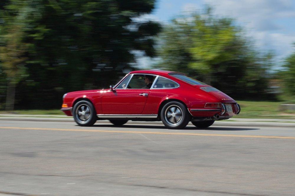 1969 Porsche 911 E (119200693) - 02.jpg