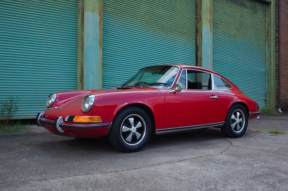 1969 Porsche 911 E (119200693) - 01.jpg