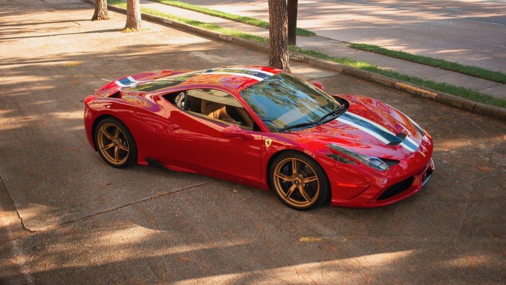 2015 Ferrari 458 Speciale (F0212991) - 01.jpg
