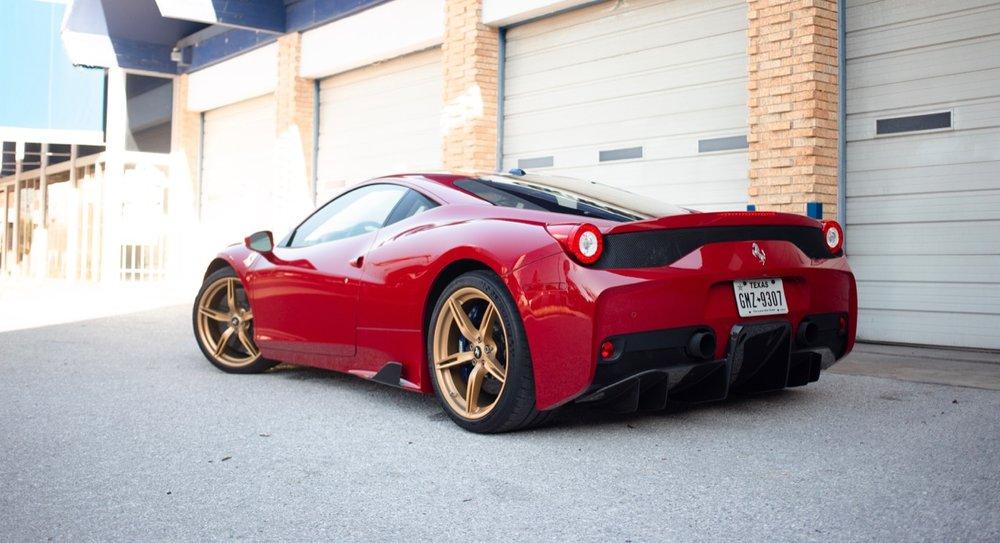 2015 Ferrari 458 Speciale (F0212991) - 11.jpg