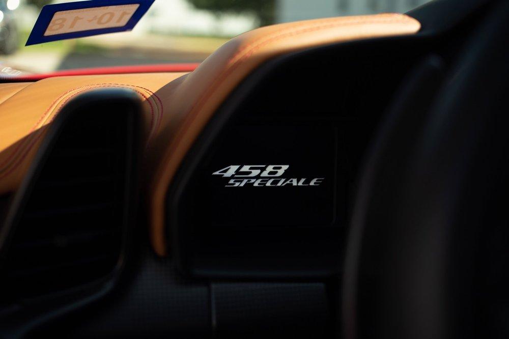 2015 Ferrari 458 Speciale (F0212991) - 41.jpg