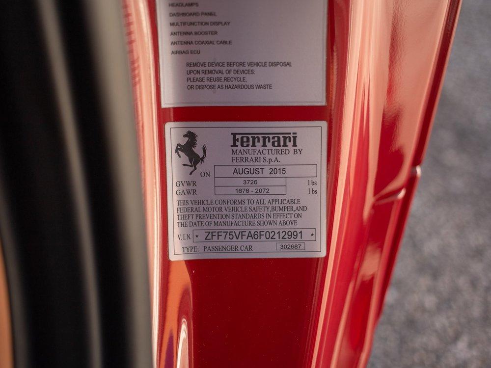 2015 Ferrari 458 Speciale (F0212991) - 86.jpg