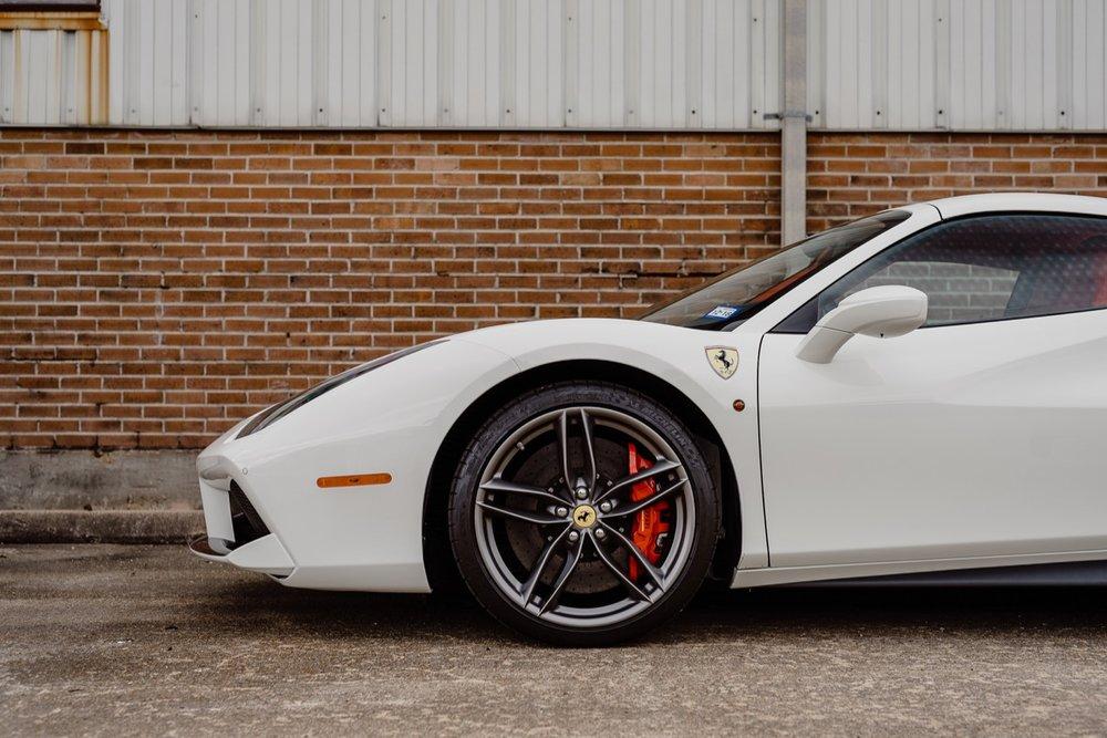 2017 Ferrari 488 Spider (H0222566) - 053.jpg