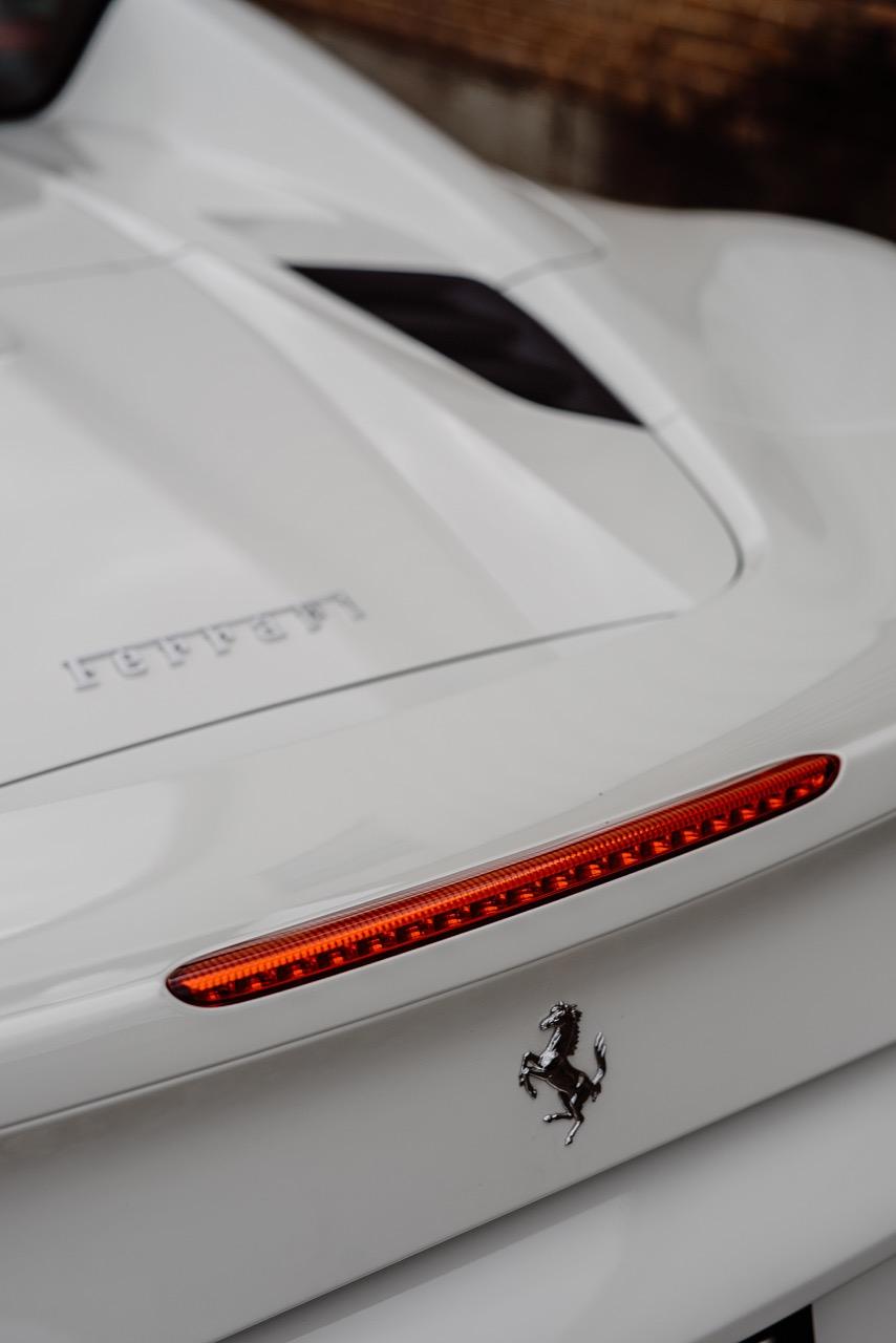 2017 Ferrari 488 Spider (H0222566) - 057.jpg