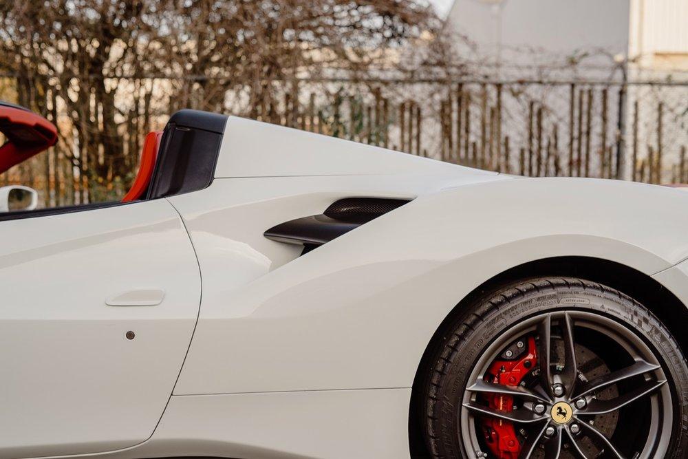 2017 Ferrari 488 Spider (H0222566) - 074.jpg