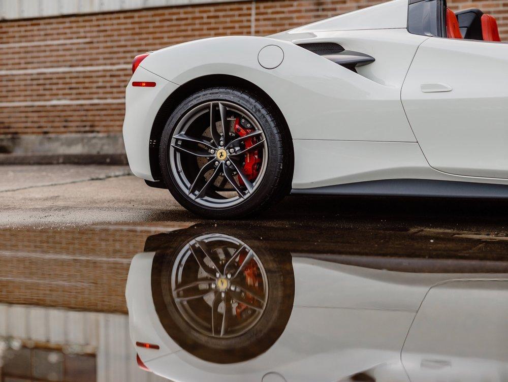 2017 Ferrari 488 Spider (H0222566) - 080.jpg