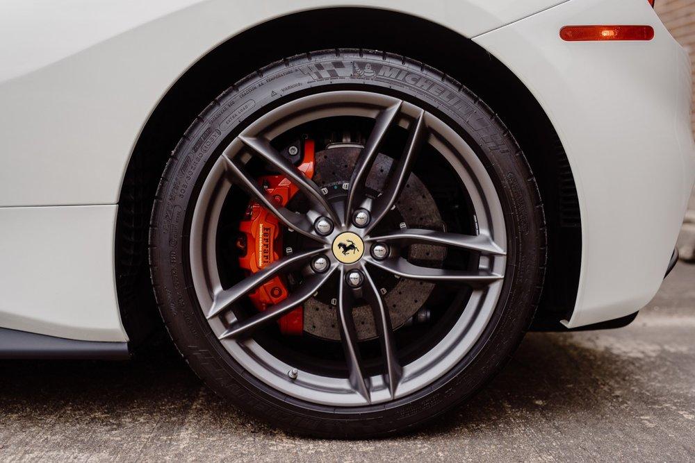 2017 Ferrari 488 Spider (H0222566) - 084.jpg