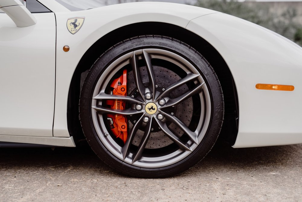 2017 Ferrari 488 Spider (H0222566) - 085.jpg