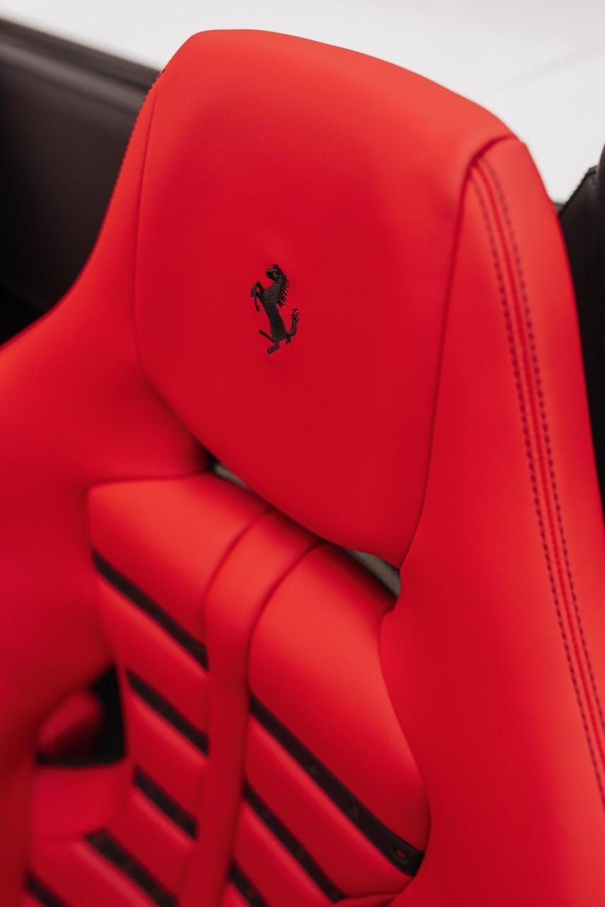 2017 Ferrari 488 Spider (H0222566) - 096.jpg