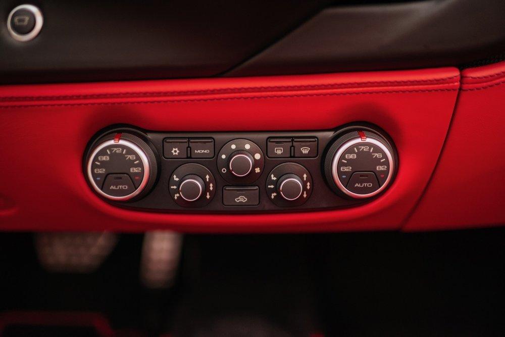 2017 Ferrari 488 Spider (H0222566) - 109.jpg