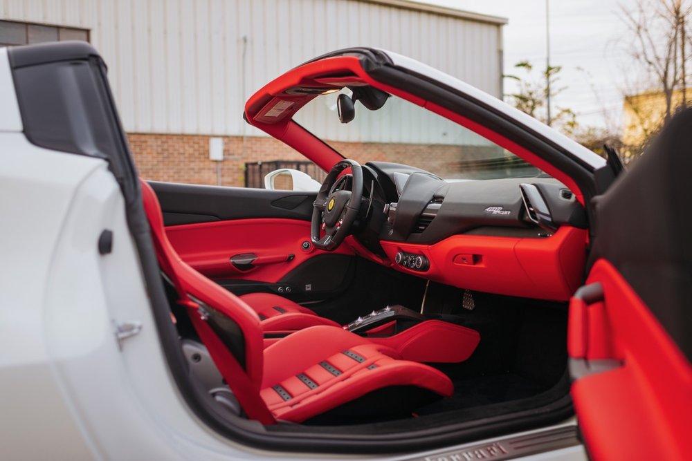 2017 Ferrari 488 Spider (H0222566) - 116.jpg