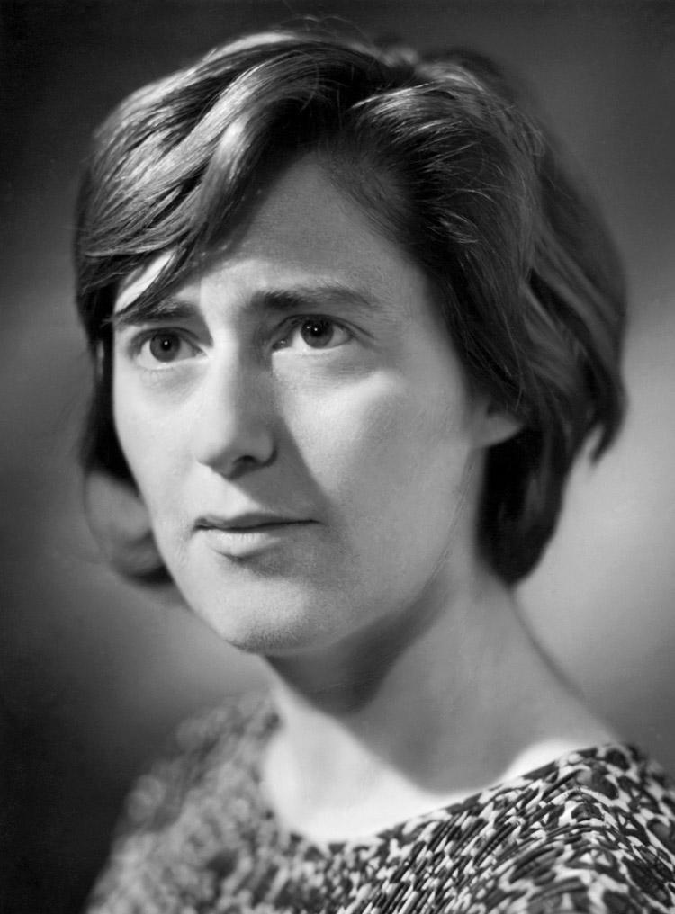 "6.3 ┆   Elena (""Lyusha"") Chukovskaya.   Granddaughter of Kornei  Chukovsky. 1960s"