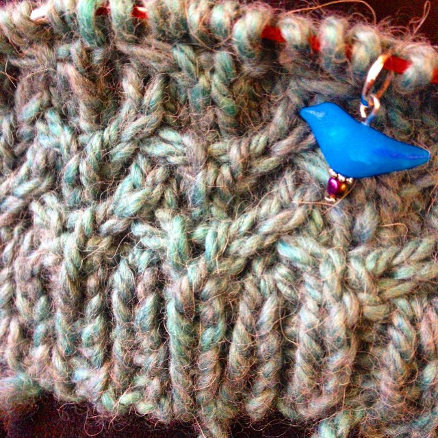 Close up of the smooshy cables on Rachel's Ifjord hat