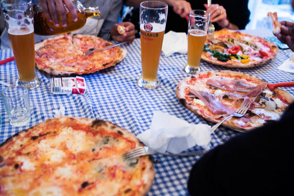 Berlin pizza3.jpg
