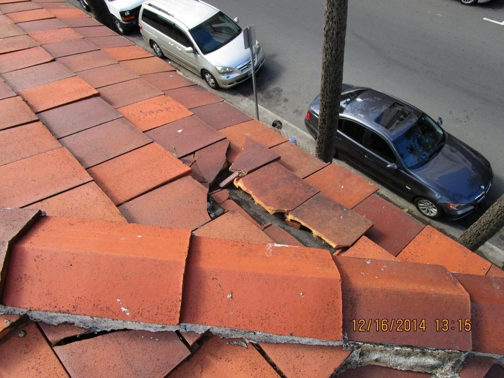 Broken Tile 2