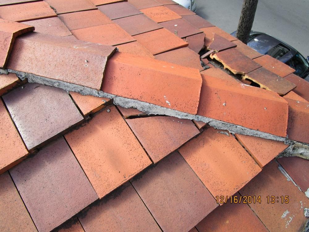 Broken Tile 3