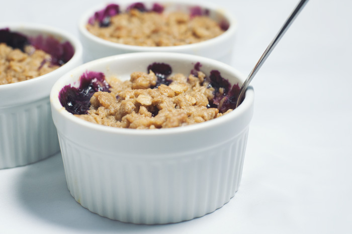 Peach and Blueberry Crumble | Sprinkles for Breakfast