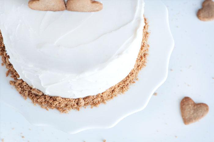 Graham Cracker Love Cake | Sprinkles for Breakfast