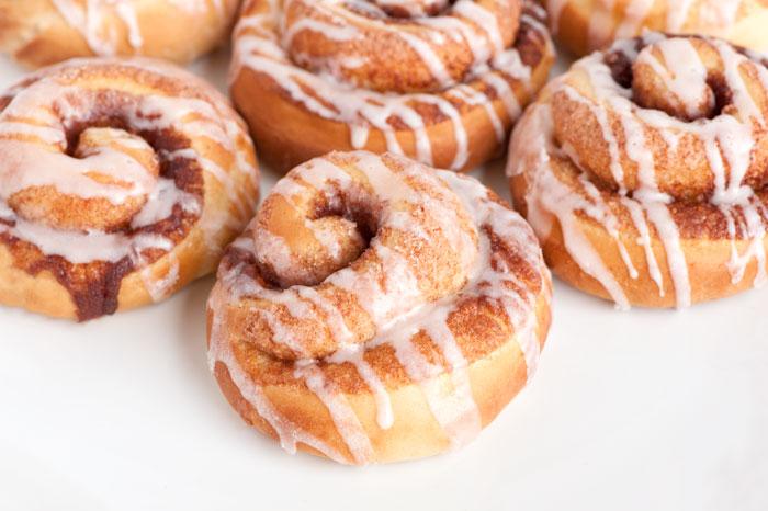 1 hour Cinnamon Rolls   Sprinkles for Breakfast