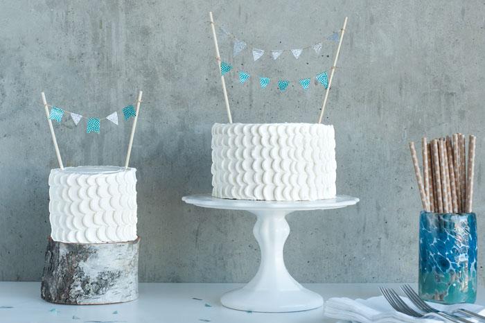 WASHI TAPE BUNTING CAKE