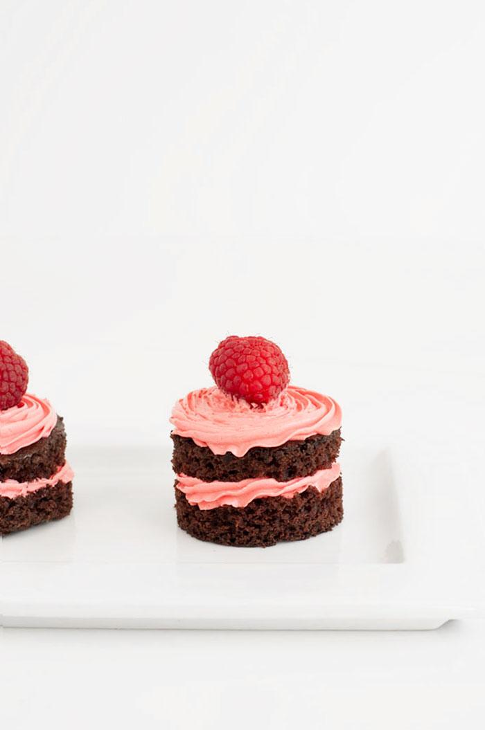 Chocolate Raspberry Mini Cakes | Sprinkles for Breakfast