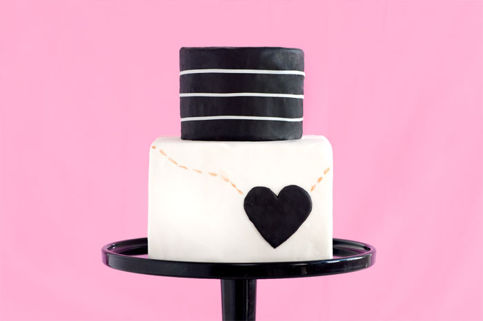 FASHION COLLABORATION CAKE