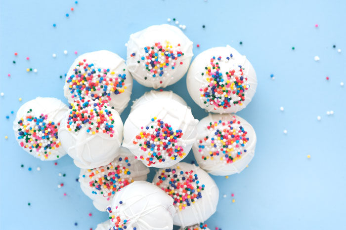 Birthday Cake Truffles | Sprinkles for Breakfast