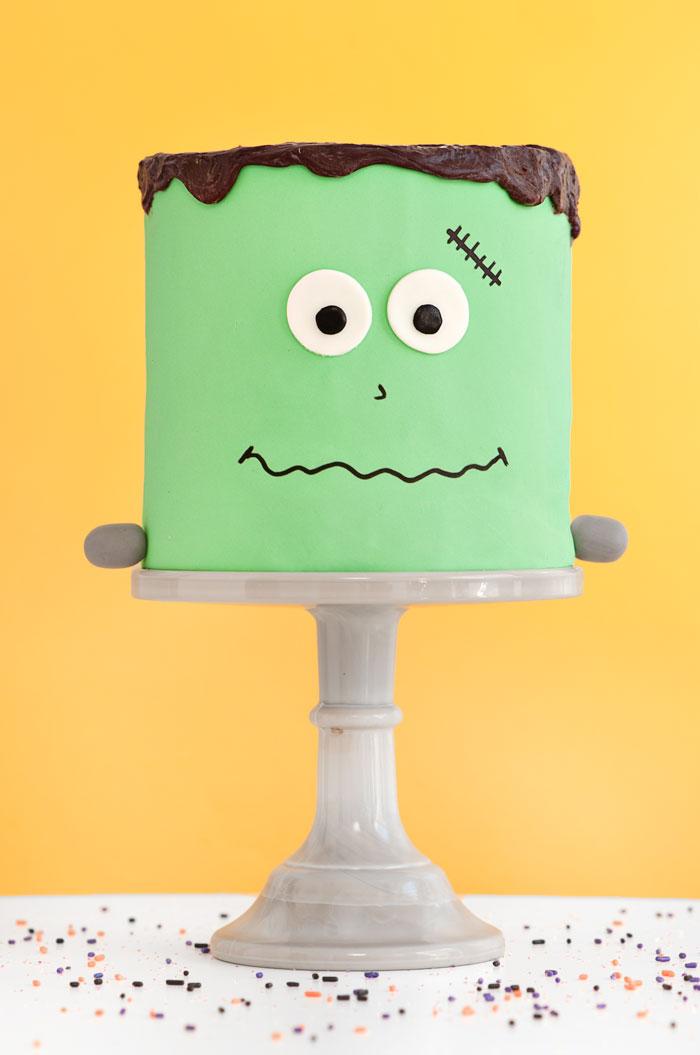 Frank The Friendly Monster | Sprinkles for Breakfast