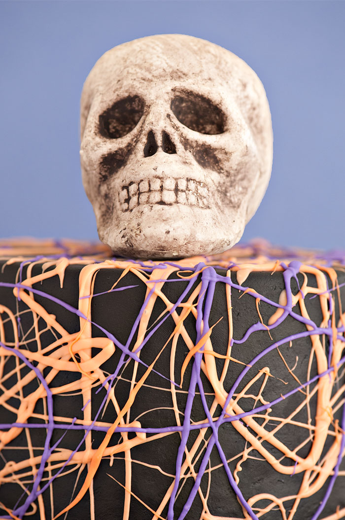 Spooky Skull Cake | Sprinkles for Breakfast
