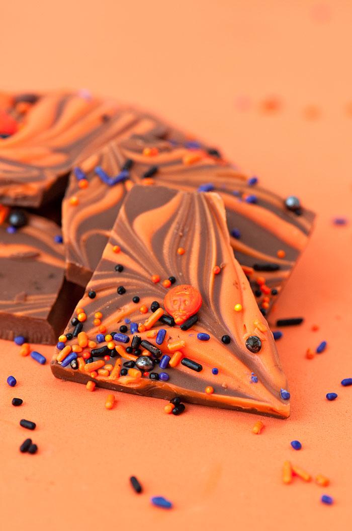 Halloween Bark | Sprinkles for Breakfast