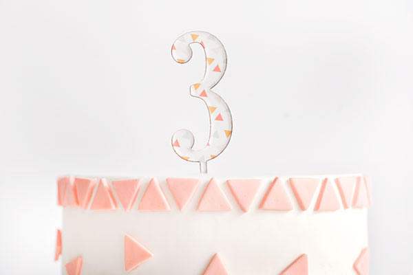 Triangle Pattern Topper Cake