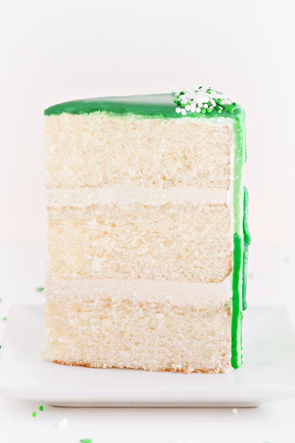 St. Patrick's Day Cake | Sprinkles for Breakfast