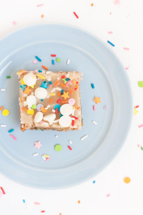 White Chocolate Confetti Blondies | Sprinkles for Breakfast