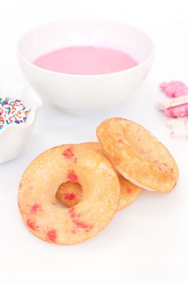 Frosted Circus Animal Doughnuts | Sprinkles for Breakfast