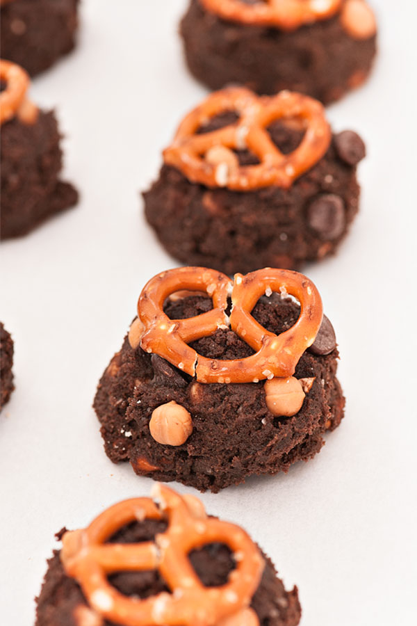 Double Chocolate Caramel Pretzel Cookies | Sprinkles for Breakfast