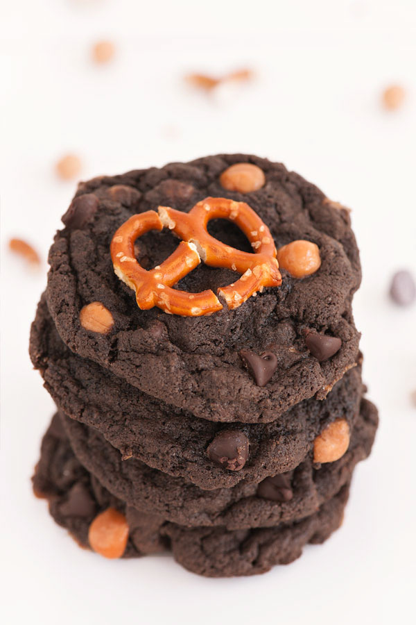Double Chocolate Pretzel Cookies | Sprinkles for Breakfast