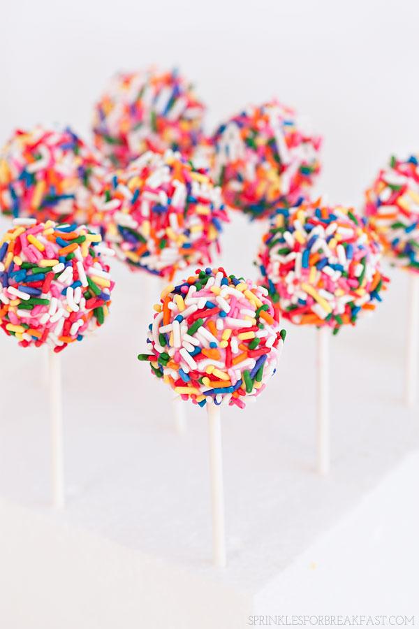 Strawberry Confetti Cake Pops | Sprinkles for Breakfast