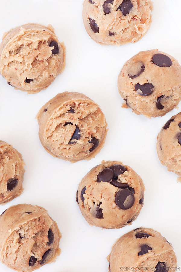 Brown Butter Chocolate Chip Toffee Cookies | Sprinkles for Breakfast