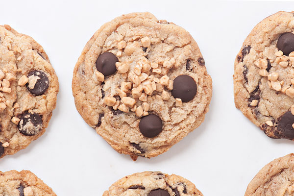 Brown Butter Chocolate Chip Tofee Cookies