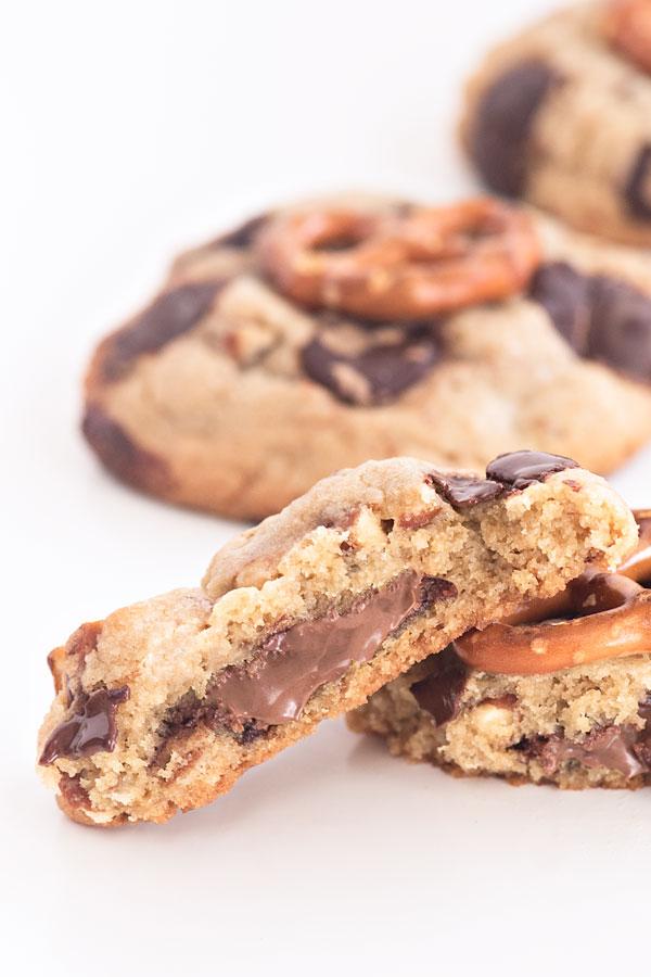 Nutella Stuffed Chocolate Chip Pretzel Cookies | Sprinkles for Breakfast