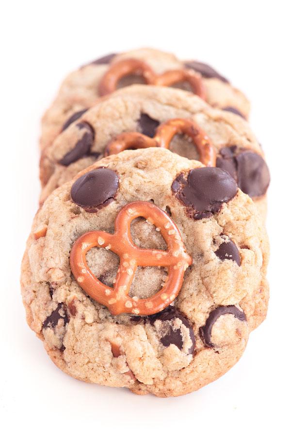 Nutella Stuffed Chocolate Chip Cookies | Sprinkles for Breakfast