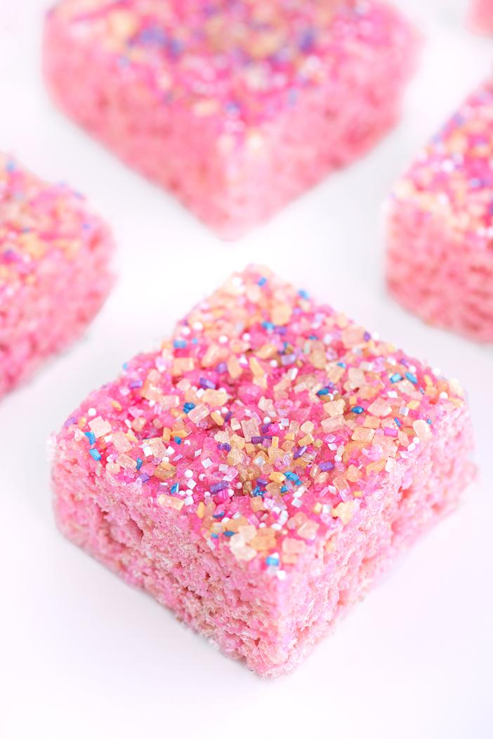 Pink Lemonade Rice Krispy Treats | Sprinkles for Breakfast