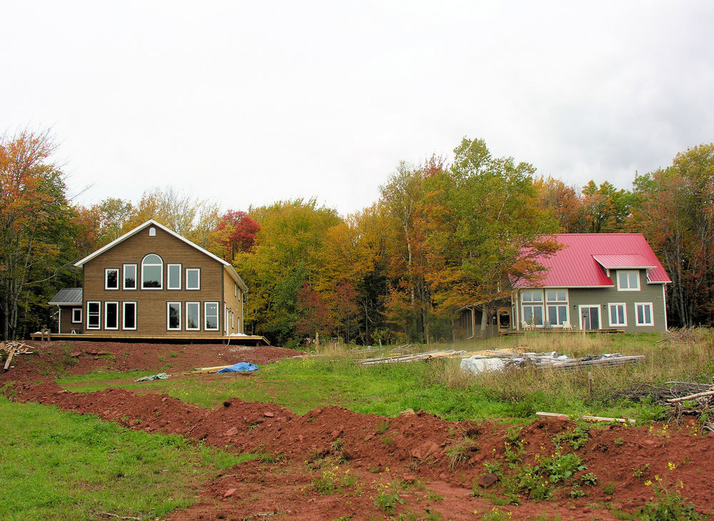 Dupuis (left) and Teather (right) Passive Solar Homes