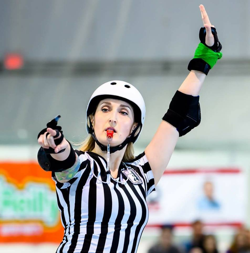- Another Clover Cup alumna, Ninja Sassem, is our Tournament Head Referee. This will be her fifth year attending Clover Cup and her first as the THR. Officiating since 2012 with Arch Rival and St. Louis Gatekeepers, Ninja has not only officiated at WFTDA Championships, but also MRDA, and AMRD Championships.