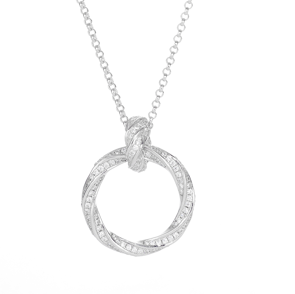 London jewellery photographer advertising and still life, packshot of necklace