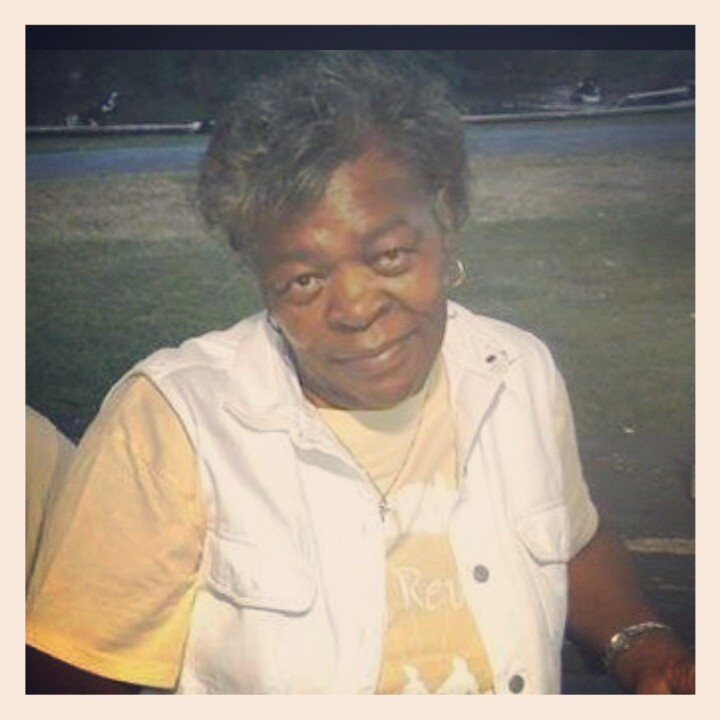 "In loving memory of Marilyn ""Gee"" Davis"